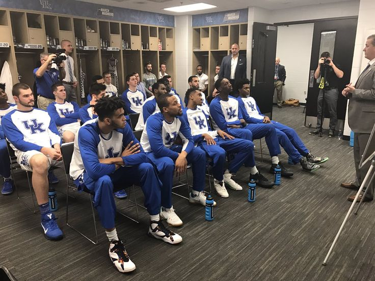 """""""Alright, here we go ..."""" #MarchMadness #GoBigBlue – at Bankers Life Fieldhouse"""