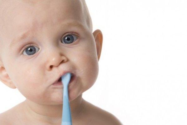 Cómo prevenir las caries en los bebés
