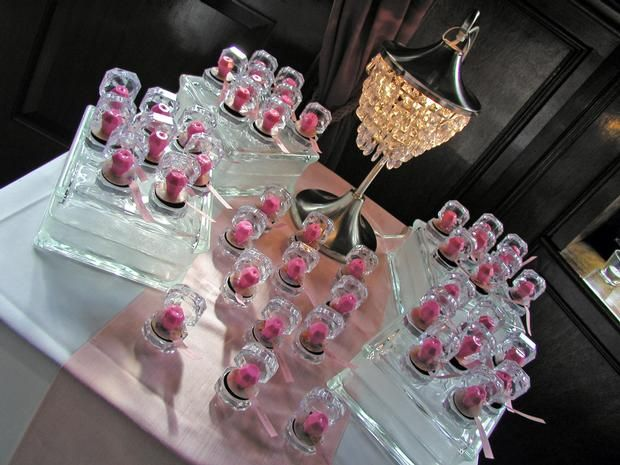 Pink Bridal Shower ~ ring pops in acrylic boxes as placecards
