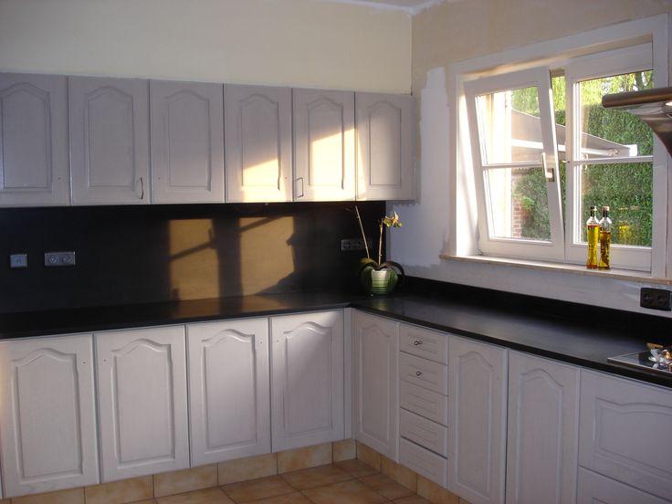 Eikenhouten keukenkasten schilderen - Colora Blog