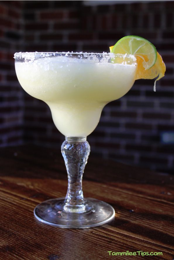 White Wine Margarita Recipe  1/2 cup Chardonnay 6oz Frozen Limeade Concentrate 1/2 cup Orange Juice 3 cups ice limes wedges orange slices