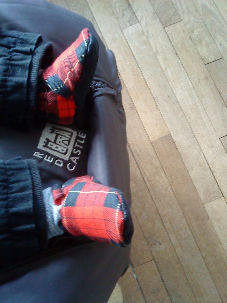 chaussons bébé carreaux,intérieur polaire et semelle en jean