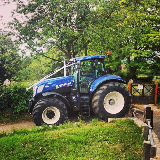 134 best images about tractors on pinterest ford 4x4. Black Bedroom Furniture Sets. Home Design Ideas