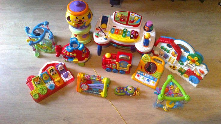 Zestaw firmowych zabaweczek