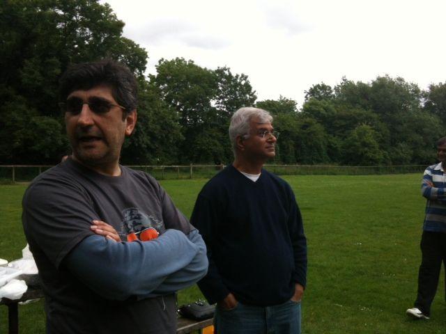 Bhadreshbhai  looks at rain clouds ;))