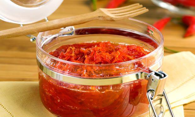 Geleia de Pimenta - Vai bem com carnes, saladas, queijos ou sorvetes/gelados