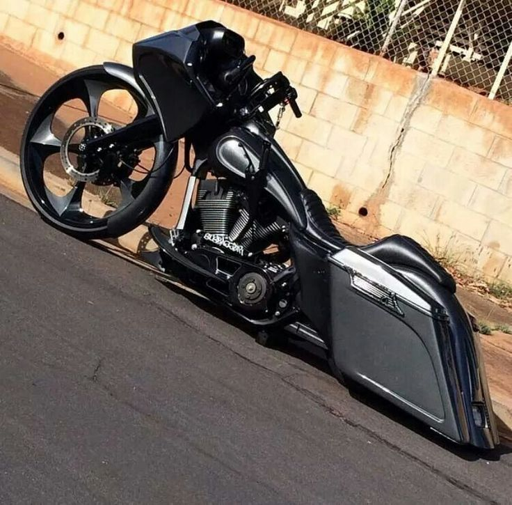 Murdered out bagger