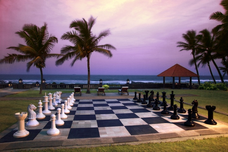 The giant #Chess board at The Park Visakahpatnam is real fun. It feels like its straight out of the #HarryPotter sets.
