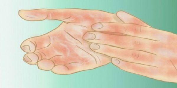 Voici-pourquoi-vous-avez-les-mains-et-les-pieds-froids-et-comment-y-remedier