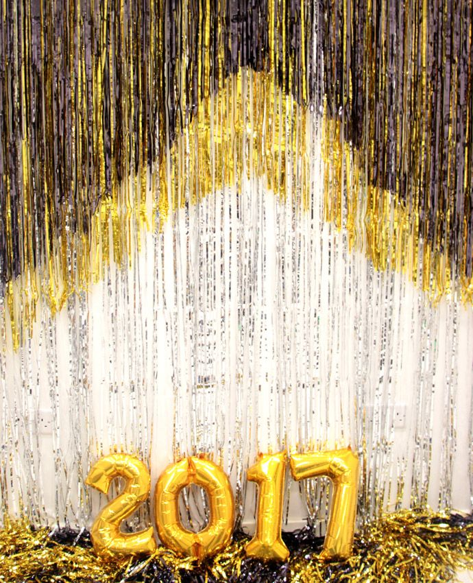 Foil number balloons are essential for any New Year's Eve party! You could even use them as photo booth props to welcome in 2017 in a New Year's Eve photo booth!