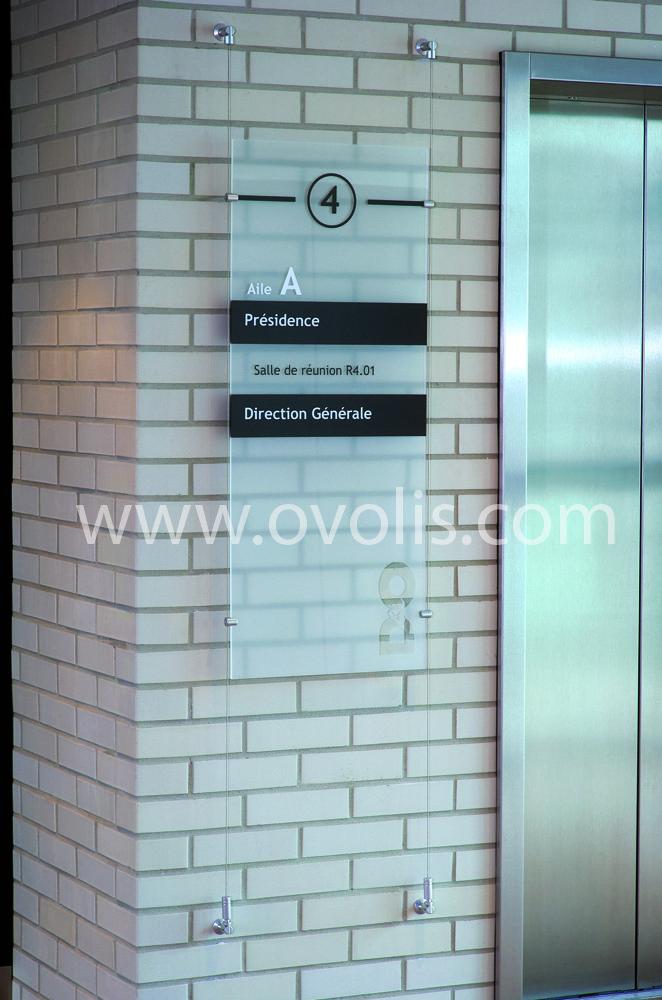 www.Ovolis.com (Manufacturer): Suspended Display System, Signage, Wall Display System, Standoffs...