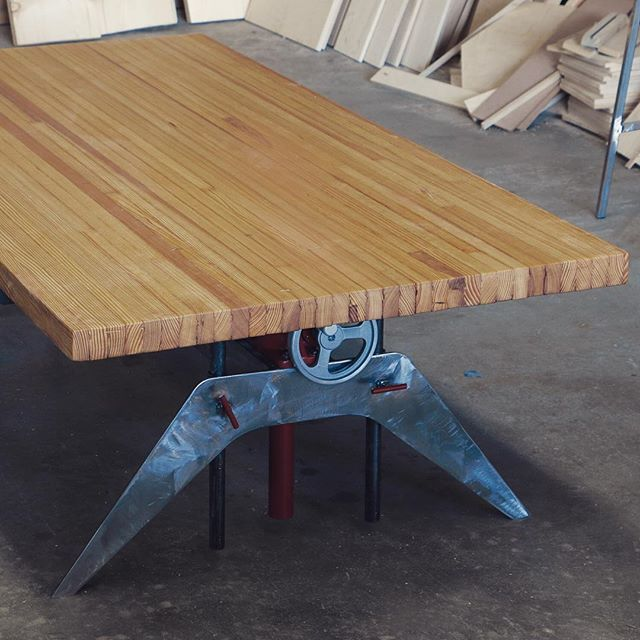 best  about Tables on Pinterest  Reclaimed wood tables