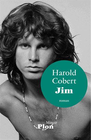 """""""Dans ce roman Harold Cobert endosse avec brio le costume de Jim Morrison. En mêlant habilement les citations du poète (répertoriées à la fin du livre) à ses propres mots, c''est Jim Morrison lui-même qui semble nous parler à travers les mots de l'auteur. Un exercice de style passionnant particulièrement bien réussi"""".  Une chronique de Denis Arnoud sur ce qui est certainement un des plus fort roman de cette rentrée littéraire !"""