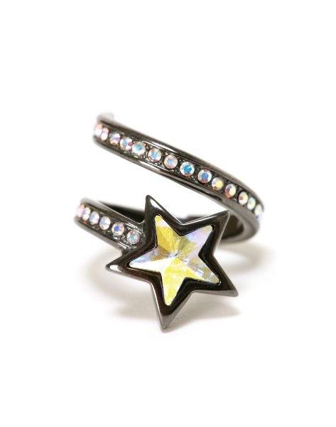 あの星リング買うとき、これのpink goldとも迷ったのです><ちなみにpink goldは店頭限定販売!!いつか買うのもありかな★