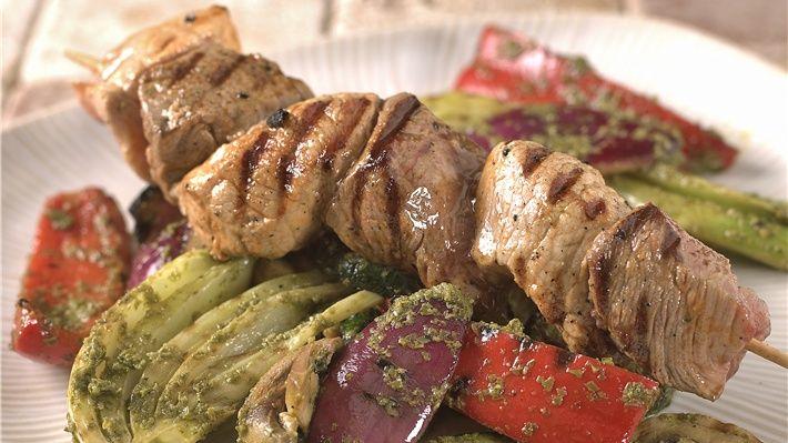 Black and White spyd med grillede grønnsaker - MatPrat