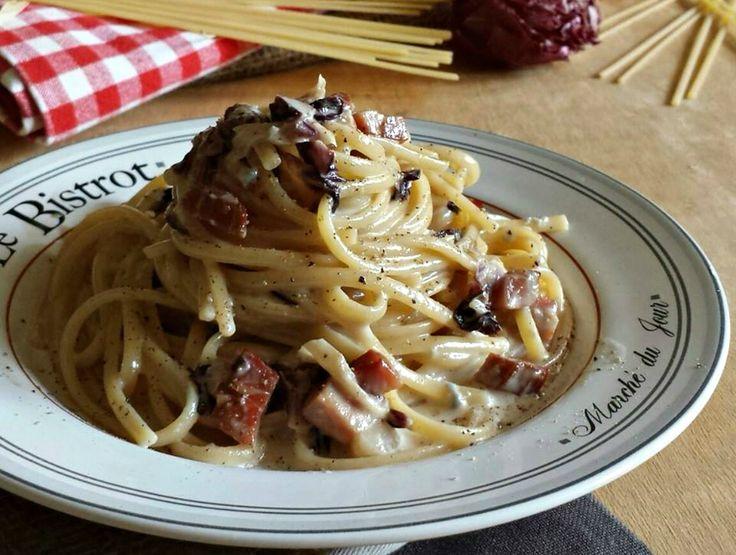 Linguine radicchio, gorgonzola e speck