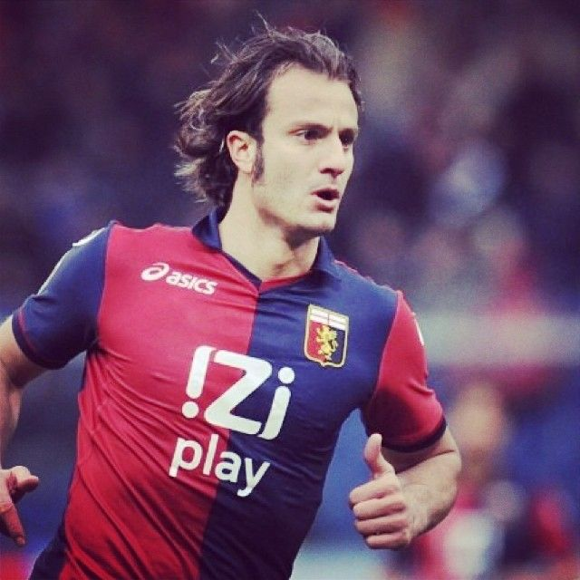 #Gilardino saluta la #SerieA: passa al #Guangzhou di #Lippi e #Diamanti: sempre più #Italia in #Cina!  Gilardino says goodbye to Serie A football. The striker is a new player of Guangzhou #Evergrande, where he will join Italian manager Marcello Lippi and former team-mate Alessandro Diamanti.