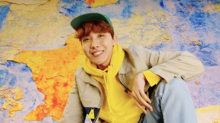 BTS's J-Hope Sets New Record For Most No. 1's On iTunes Of Any Korean Solo Artist | Soompi