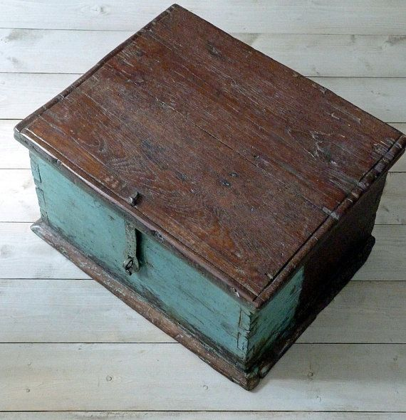 Distressed Wood Storage Ottoman ~ Ideas about rustic storage boxes on pinterest