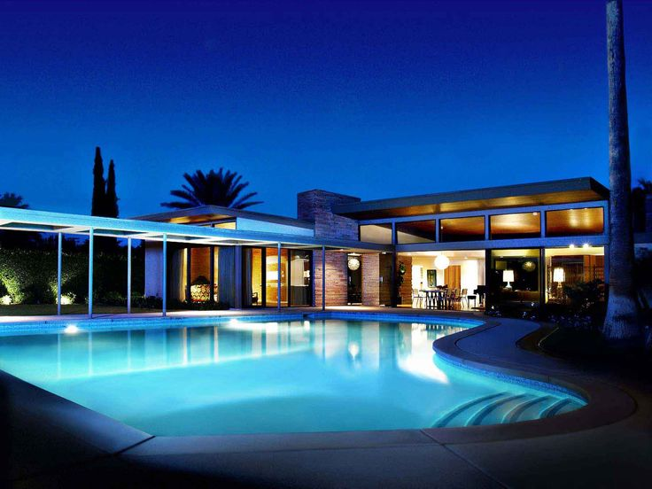 Sinatra house. Palm Springs