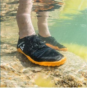Chaussures Vivobarefoot Primus SWIMRUN FG Noir et Orange Homme