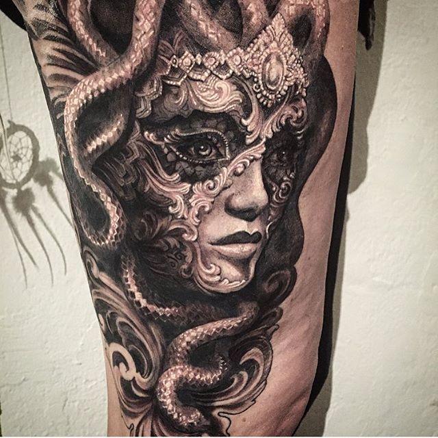 Medusa  #ellenwestholm #tattoo #fkirons #dragonflytattoomachine #dermalize