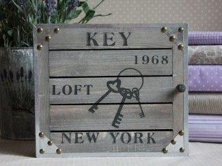 Skrzynka na klucze drewno metal