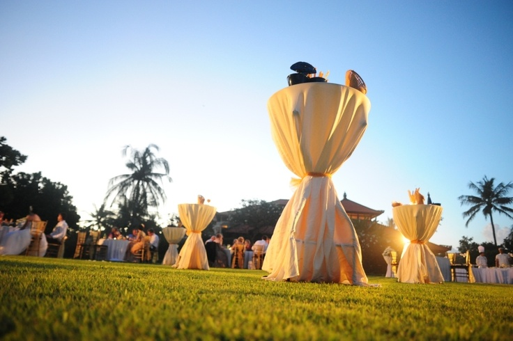 The wedding feast at Beach Garden of Ayodya Resort Bali.