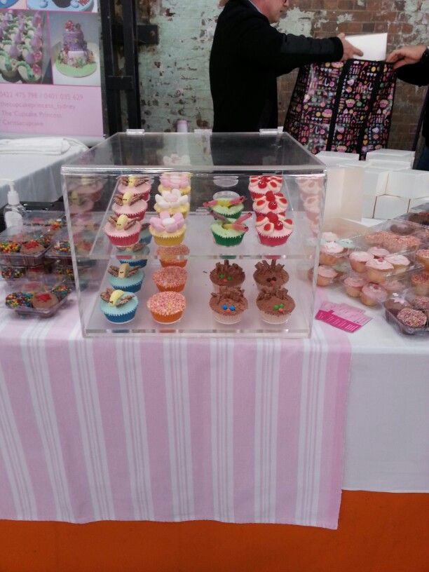 Cupcake stall!