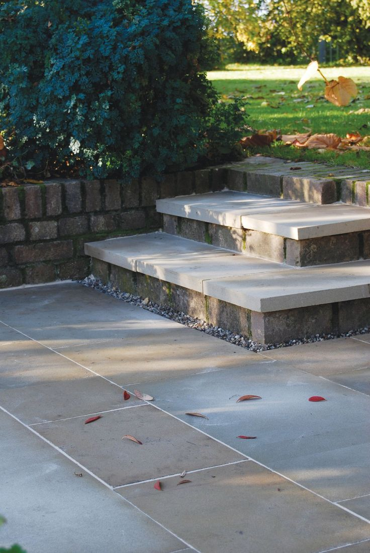 Global Stone, Yorkstone Paving Collection, Classic York, Project Pack. Sale on Paving at LSD.co.uk