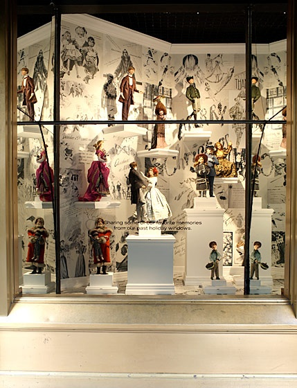 Yes Lord & Taylor. Lord & Taylor was chic and glad to see it is still around and going strong again. Beautiful store and the most beautiful windows at Christmas time. A favorite family tradition was going to see the windows and they always had the very best. Still do!