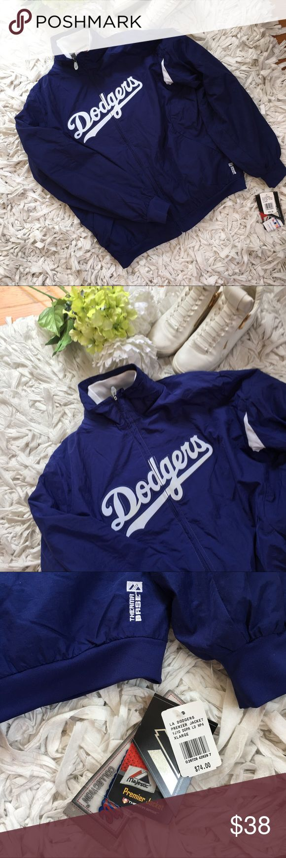 ⚾️NWT DODGERS JACKET!⚾️ AUTHENTIC & NEVER WORN Brand new youth XL Los Angeles Dodgers Majestic premier jacket. Wind resistant jacket with fleece lining on the inside. This jacket is a youth XL but can fit women sizes Small/Medium. New with tags!! Taking all reasonable offers ⚾️ kept in a smoke and pet free environment Majestic Jackets & Coats