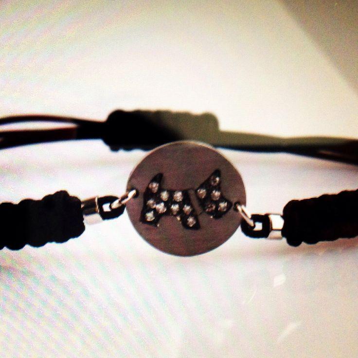 Bracelet with dog in black diamond, white gold 18 kt. Available on: Www.bangslove.cm