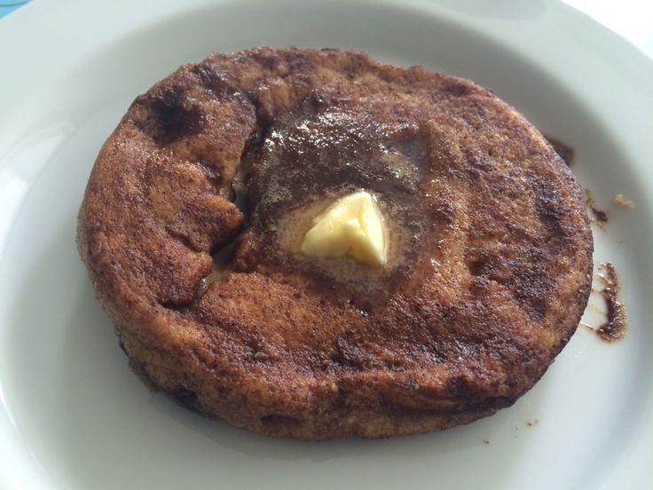Inde på facebookgruppen LCHF / Lavkarbo på dansk, har en bruger der hedder Fabrina fundet en ganske simpel, men super lækker opskrift på en pandekage med en brunsviger agtig top på. Den smager helt…