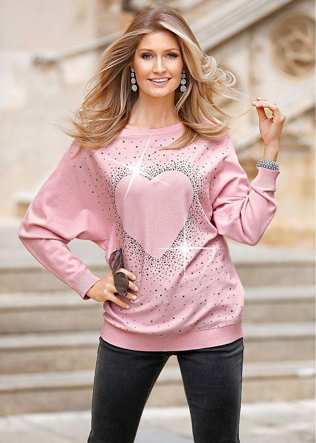 Długi sweter z aplikacją ze sztrasów w kształcie serca • 89.99 zł • bonprix