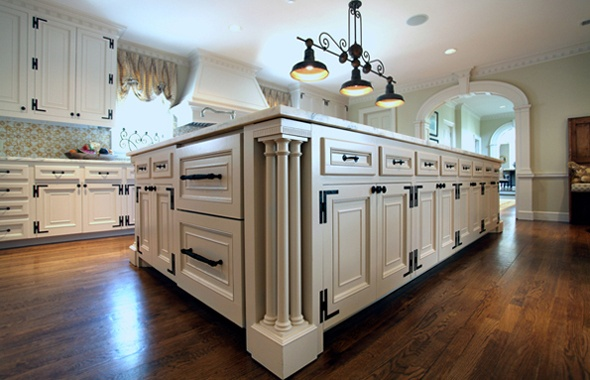 Cabinetry Features Hand Made H L Hinges And Built In Appliances Via Hull Historical Kitchens