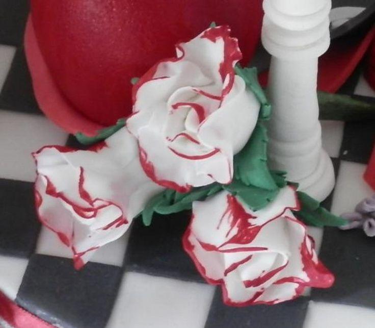 White Roses... Twilight themed