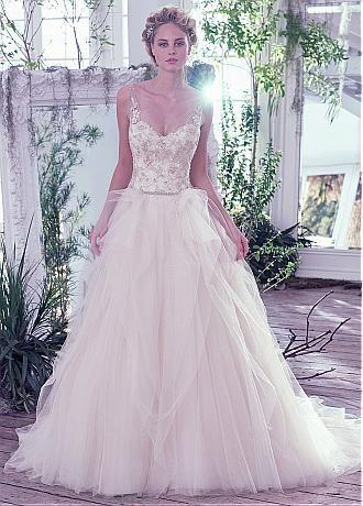 comprar Junoesque tul con cuello en V vestidos de novia vestido de bola escote con apliques de encaje de descuento en Dressilyme.com