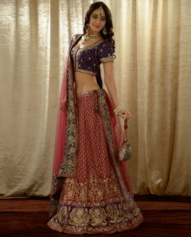 lehenga contrast indian fashion