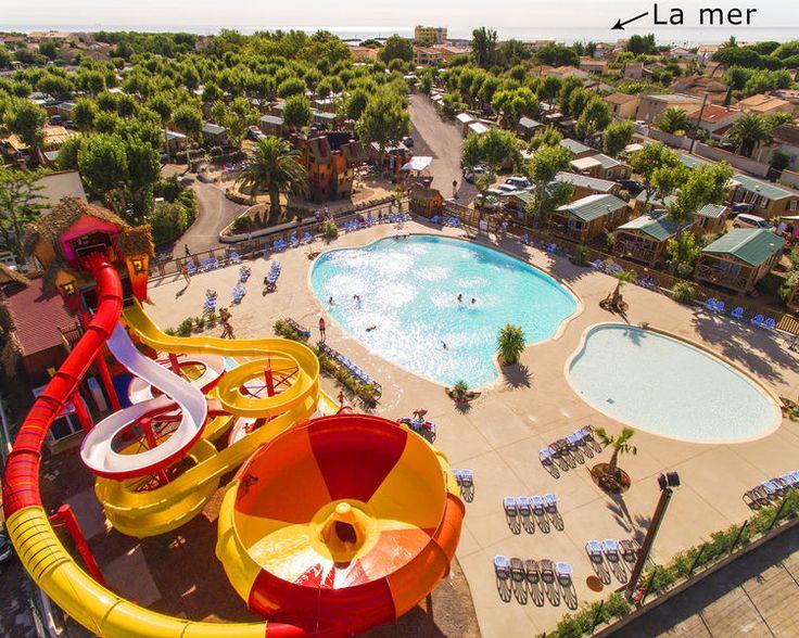 Dans le sud, à Marseillan-Plage, Le Camping Féerix, situé au coeur d'un quartier animé, à seulement 300m de la mer, et vous propose des locations de mobil homes récents.  Le camping dispose d'un centre aquatique neuf et chauffé, comprenant  1 grande piscine de 500 m2, le fameux toboggan spacebowl pour les plus grands (taille minimum 1,2m), 2 Toboggans, et 1 pataugeoire enfants !