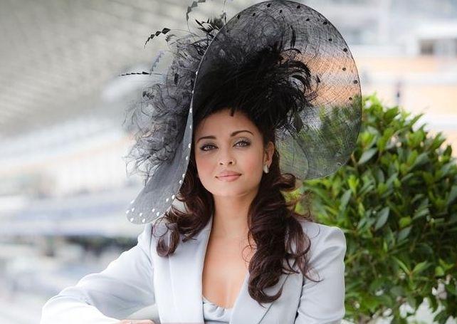 That hat is amazing on Aishwarya Rai @ Royal Ascot 2009