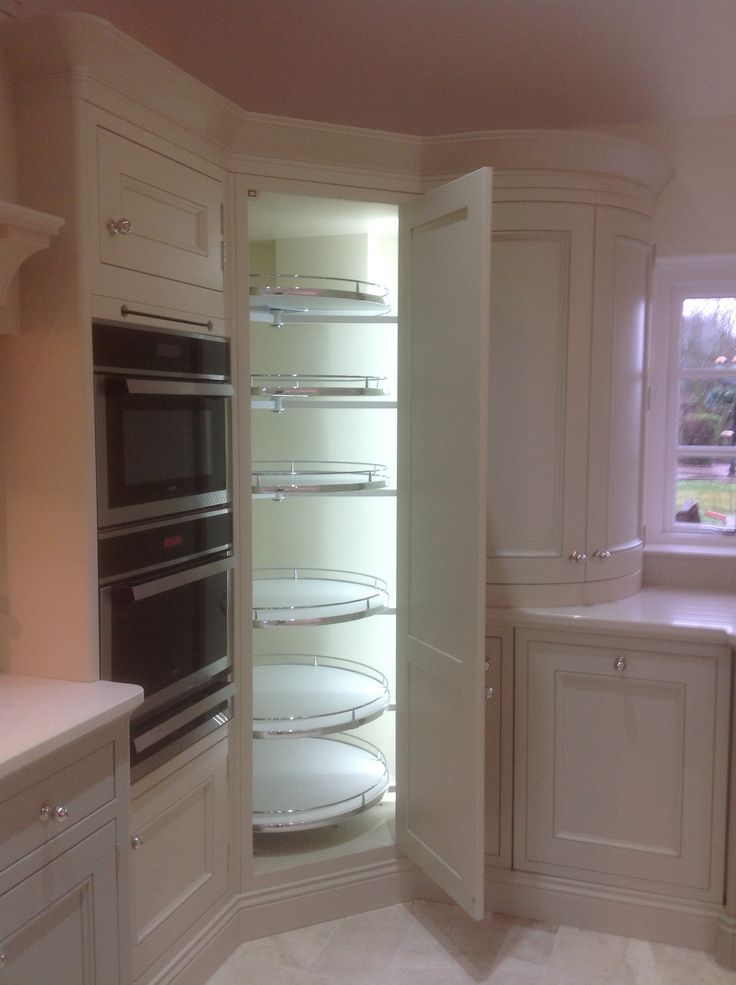 Curved corner shelving with interior lights