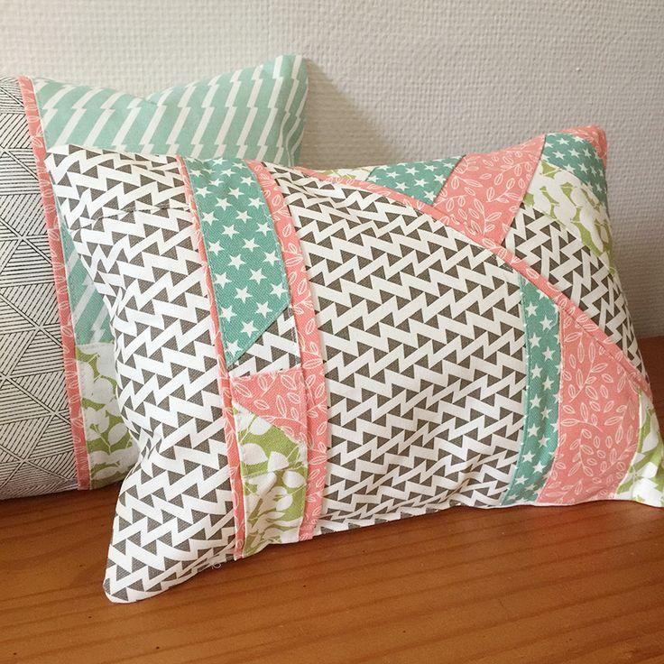 les 25 meilleures id es de la cat gorie coussin patchwork sur pinterest coussin en patchwork. Black Bedroom Furniture Sets. Home Design Ideas