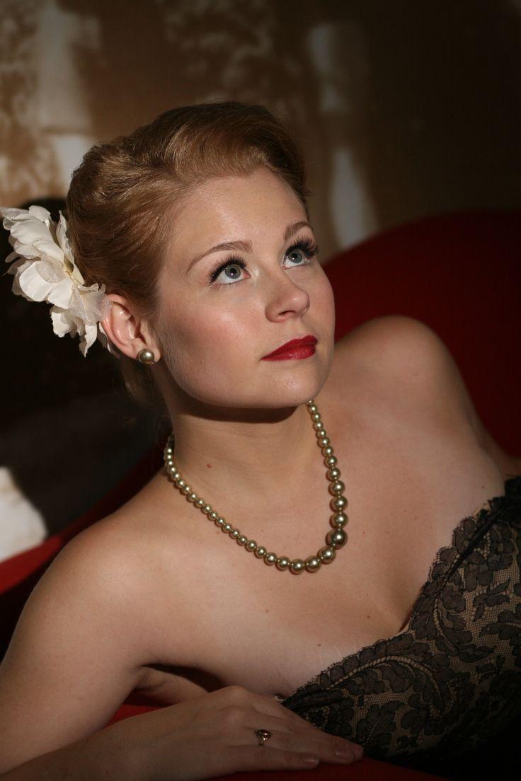 Retro inspired makeup by: Emily Aznavourian  Photo by: Kamila Harris Photography