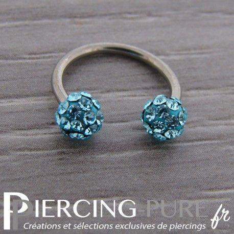 Fer à Cheval Titane Multi-Cristaux turquoises #turquoise #anneau #piercing #titane https://piercing-pure.fr/p/724-fer-a-cheval-titane-multi-cristaux-turquoises.html
