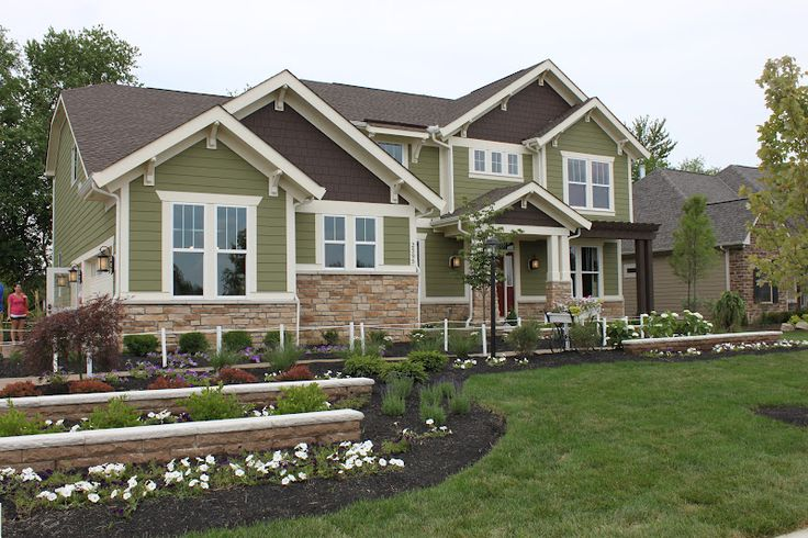 Best 25 green house exteriors ideas on pinterest green - Green exterior paint color schemes ...