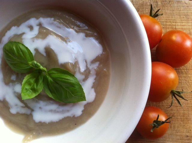 Samettisen pehmeä maa-artisokkakeitto www.ruokamenot.fi #ruoka #resepti #kotiruoka #finnishcuisine