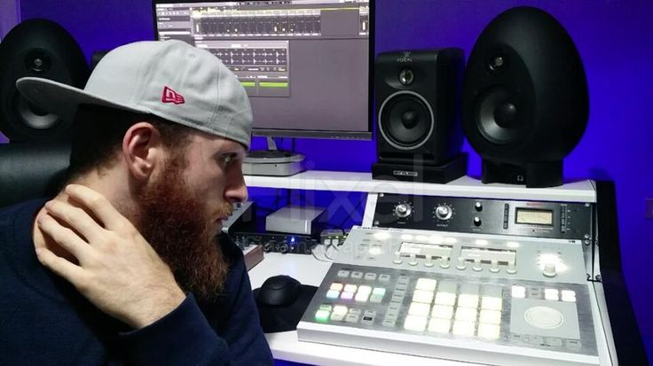 Even when you stop to think music is always there for you playing in the background.. . . . I've been producing mixing and Mastering Hip Hop for a decade and sold thousands of Beats worldwide.  . Get my Pro Quality Beats now by clicking Link in Bio .  Email me now at beatzunami@gmail.com for Custom Beats & Mixing and Mastering services.