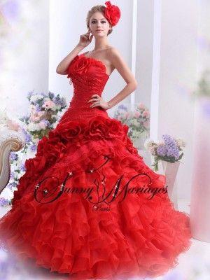robe mariée rouge froufrou style princesse espagnole SUNNY MARIAGES Paris vente en ligne ou sur rendez vous