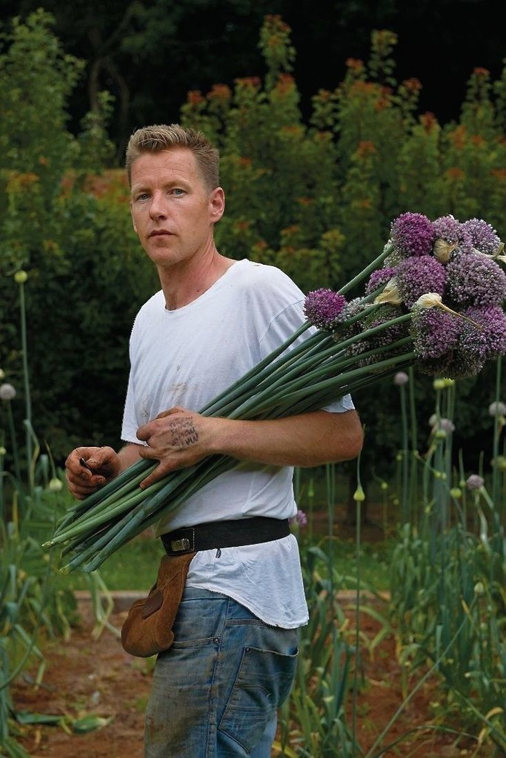 Born in the Netherlands and transplanted to Australia at age 9, Joost Bakker—the son and grandson of tulip farmers—earns a living as a florist, delivering and arranging flowers he grows on his own land to clients in Melbourne.